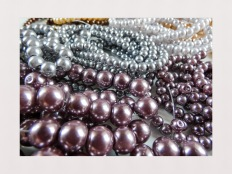 4 - 8 mm glass pearls